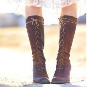 Frye Villager Lace Boots Size 7